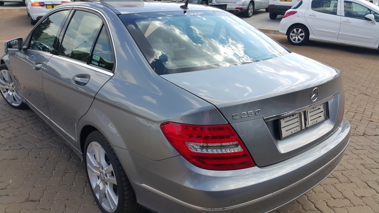 Mercedes C 250 A/T - Great car, nice power, funny footbrake like most Mercs